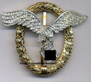 LUFTWAFFE Gemeinsames Flugzeugf�hrer-und Beobachterabzeichen in gold mit Brillanten - Luftwaffe Pilot Observer badge in gold with diamonds